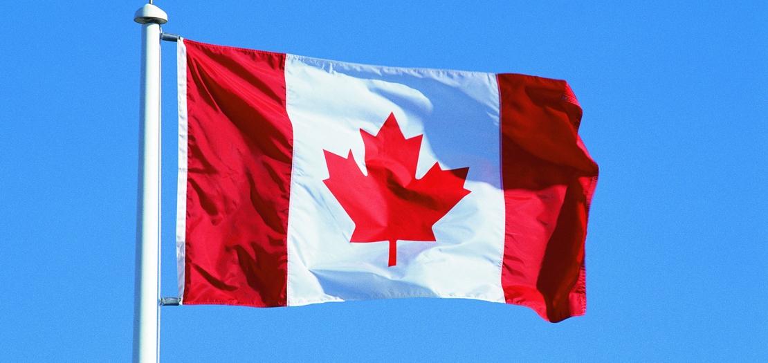 фото флаг канады