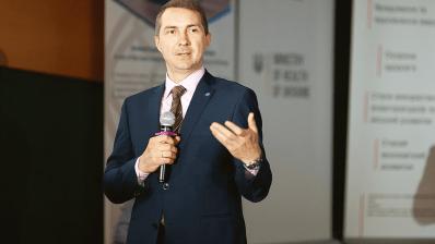Олег Петренко подал в отставку с поста главы НСЗУ