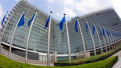 Еврокомиссия будет судится с AstraZeneca из-за вакцин от коронавируса?