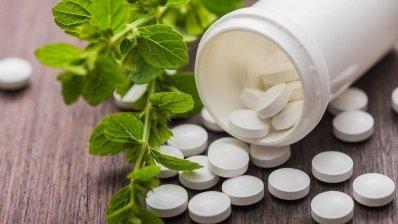 Лекарство без гормонов эффективно снижает приливы при менопаузе