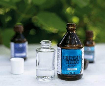 Без септила и этилового спирта: Гослекслужба запретила по одной серии 3 антисептиков