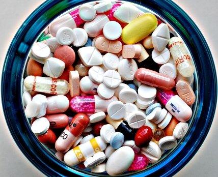 Эксперты рассказали об итогах аптечных продаж за 2 месяца 2015 года