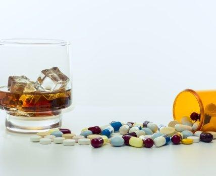 Можно ли сочетать антидепрессанты с алкоголем?