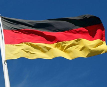 Германия подтвердила решение о бустерной вакцинации своих граждан
