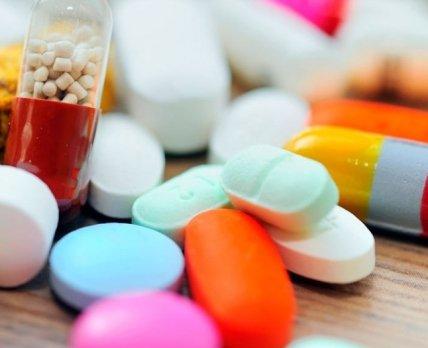 Эксперты рассказали об особенностях августовской фармацевтической розницы Украины