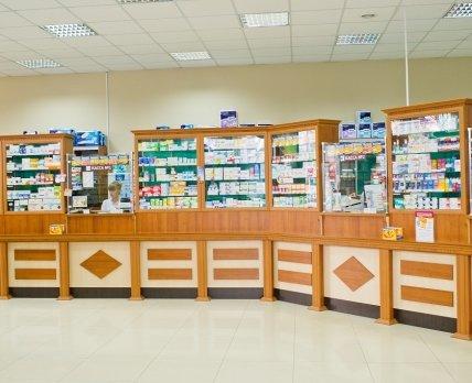 Бізнес під комунальним прикриттям: аптеки в чернівецьких поліклініках та лікарнях