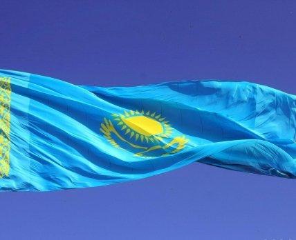 Sanofi и GlaxoSmithKline лидируют на рынке лекарств Казахстана по итогам 2016 года